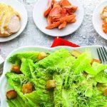 Рецепт Салат «Цезарь» классический простой