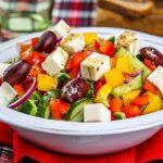 Греческий салат классический (пошаговый вариант приготовления)