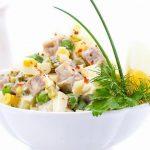 Рецепт Вкусный салат Оливье с огурцами