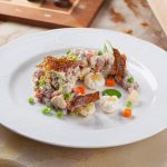 Рецепт Салат «Столичный» с курицей и солеными огурцами