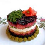 Рецепт Рыбный салат с лососем и творожным сыром