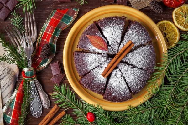 На фото Итальянский рождественский пирог с шоколадом