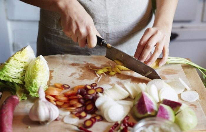 На фото 12 кухонных хитростей, от которых вы будете в полном восторге