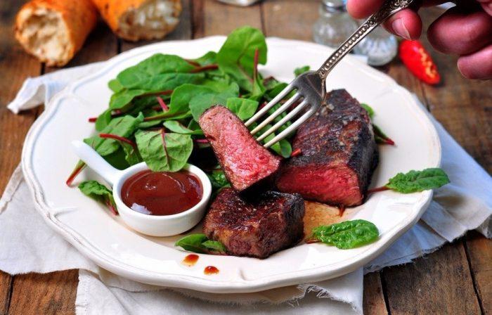 На фото Шесть советов, которые помогут вам правильно питаться в ресторане