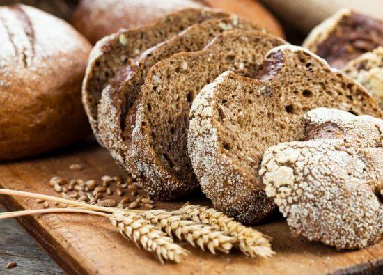 На фото Ржаной хлеб в мультиварке