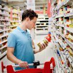 Как магазины заставляют нас тратить больше