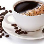 Людям среднего возраста нельзя пить кофе после полудня
