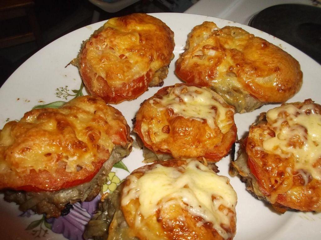 Стожки из фарша под шубой с помидорами ~ Домашние рецепты