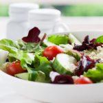 Рецепт Весенний салат из огурцов и помидоров с фетой